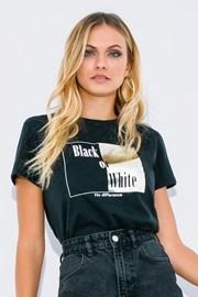 Дамска блуза с къс ръкав Black or White